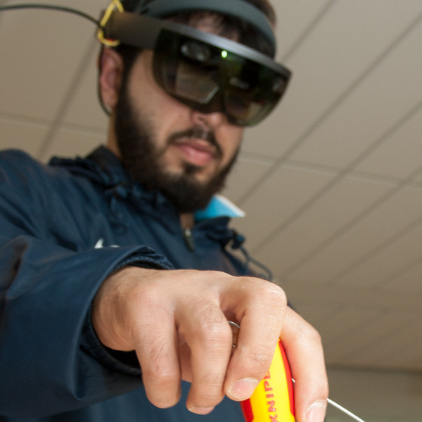 Bild: Augmented Reality – Virtuelle Bedienungsanleitung